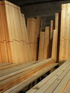 Lumber-Being-Stored-Horizontally-and-Vertically