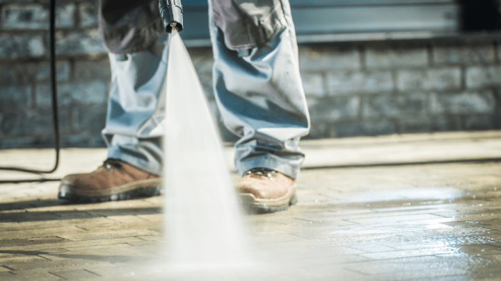 Can-a-Pressure-Washer-Get-Wet3